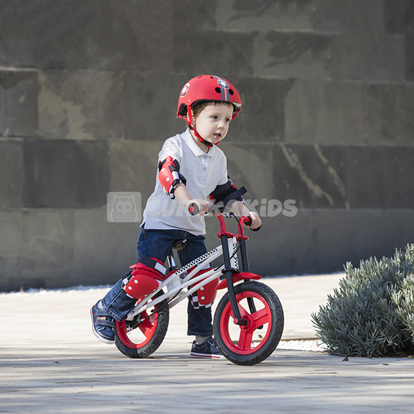training-bike-red-race-bicicleta (2)